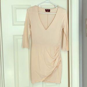 Longsleeve peach bodycon dress
